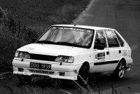 samochód - fotografia